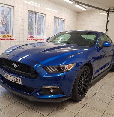 Mytí exteriéru Mustang